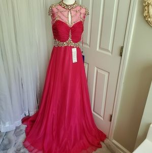 NWT Royal Queen Fuschia Jeweled Evening Gown